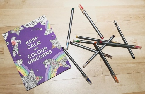 adult colouring to manage stress